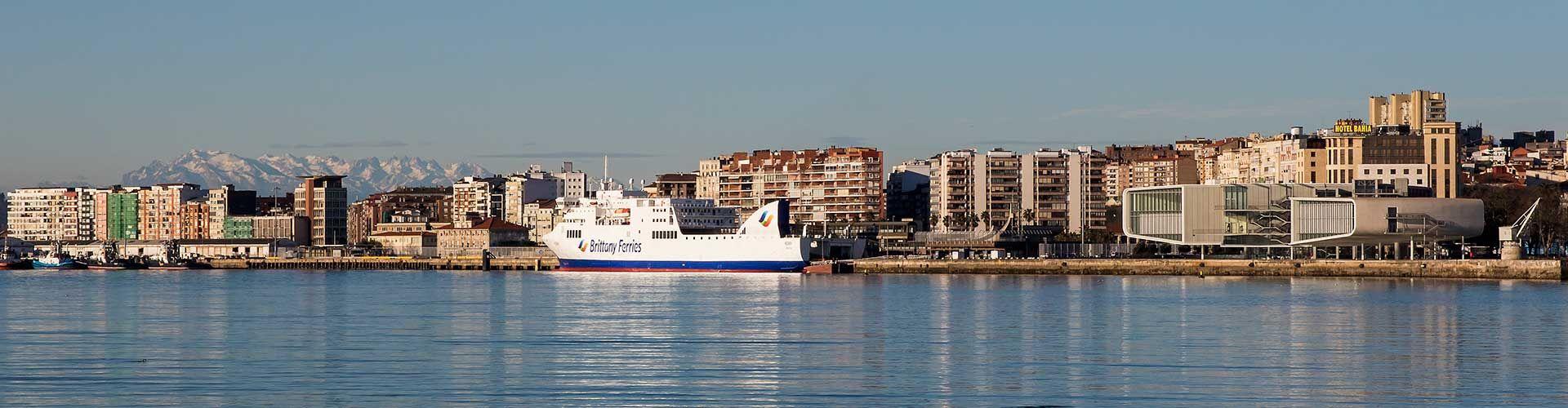Ferry Atracado Santander