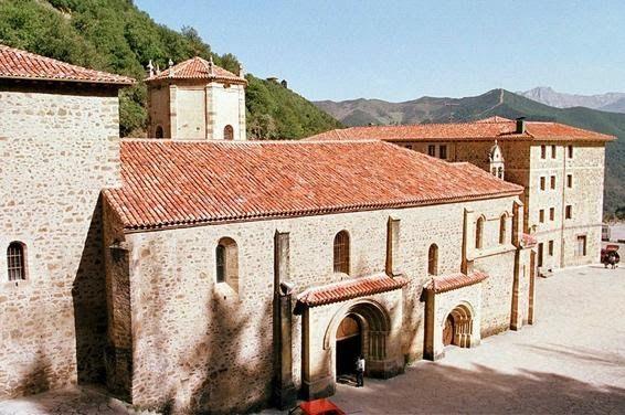 Monasterio Santo Toribio de Liebana