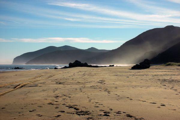 Playa de Tregandin, Brusco, Helgueras