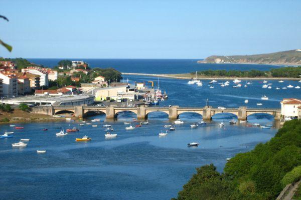 puente san vicente pueblo camino santiago cantabria