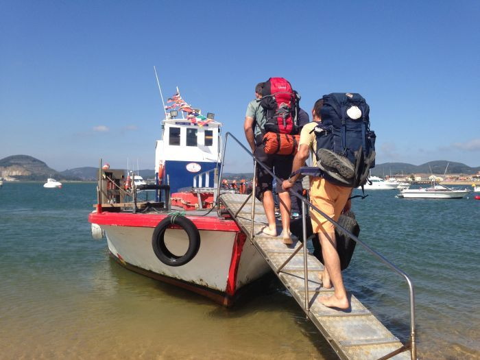 barca laredo santona camino norte cantabria